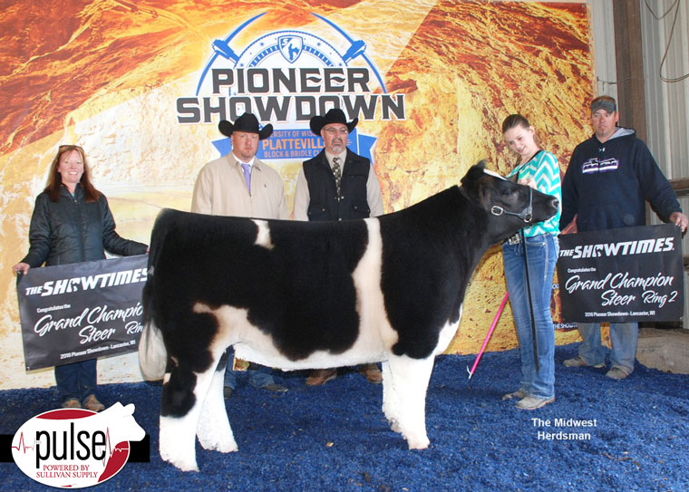 thumbnail_Champion-Crossbred-and-Grand-Champion-Steer-Ring-One-and-Two